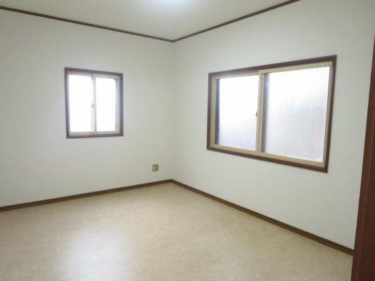 二階6帖の洋室です(洋室)